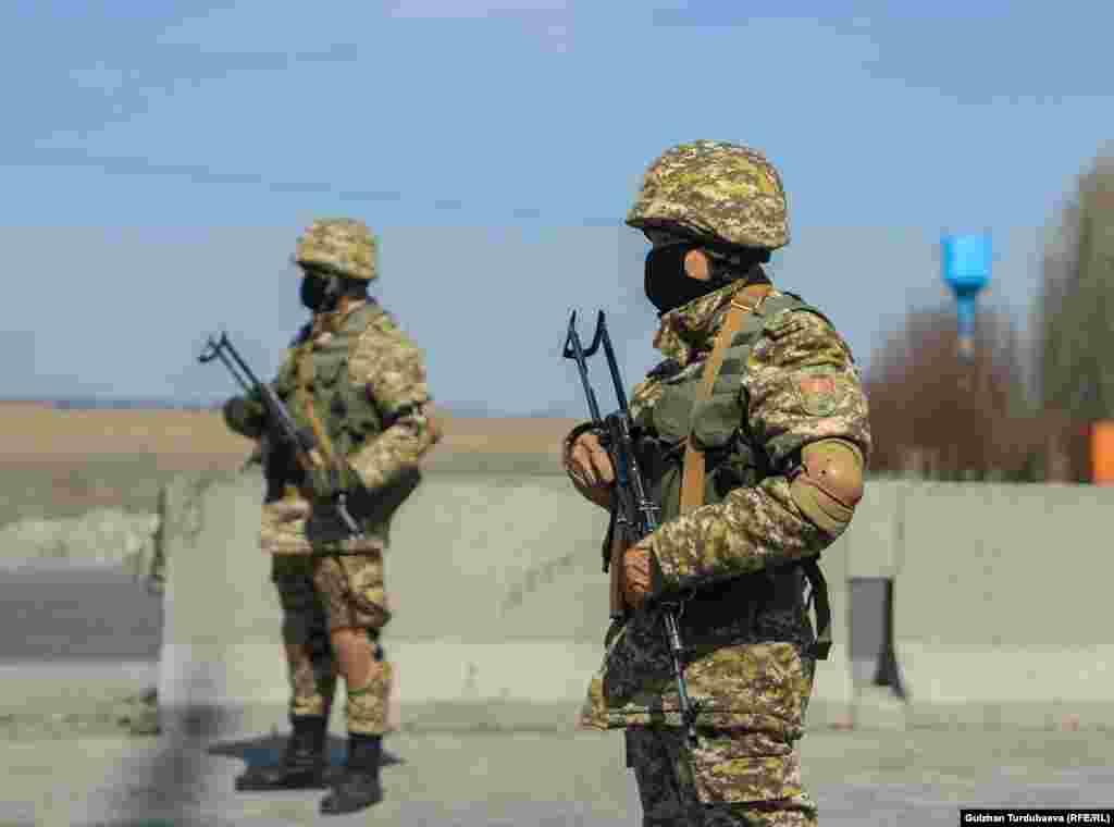 С 25 марта ограничен въезд автотранспорта в Бишкек.