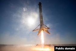 Посадка модуля CRS-8 Space X
