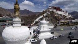 Қытайдың Тибет автономиялық округінің орталығы Лхаса қаласы. (Көрнекі сурет)