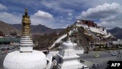 Центр Тибета - город Лхаса