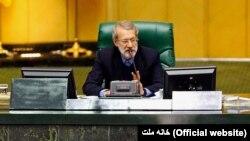پیش از این نیز مقامات جمهوری اسلامی تهدید کرده بودند که توقیف نفتکش ایرانی در جبلالطارق «بیجواب نمیماند»