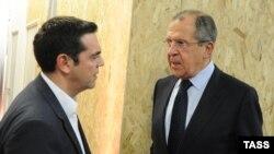 Шефот на руската дипломатија Сергеј Лавров и грчкиот премиер Алексис Ципрас