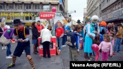 "A rally in downtown Belgrade on September 27 sought to promote ""traditional"" family values ahead of the abortive Gay Pride march the next day."
