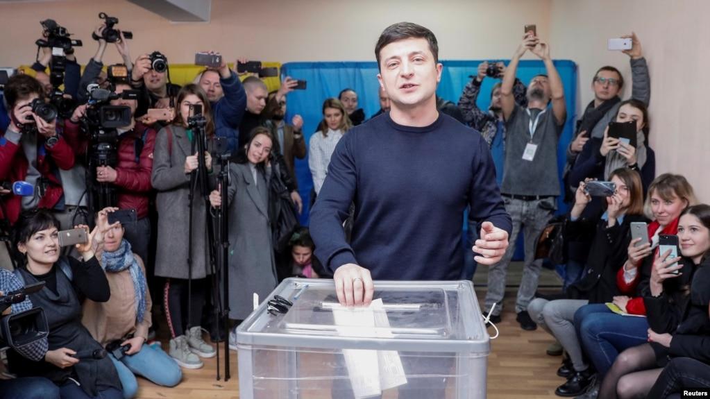 Зеленский об армянской революции – «Я полностью поддерживаю братьев-армян»