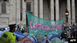 U.K. -- Protestors camp outside St Paul's Cathedral in London's financial district, 17Oct2011