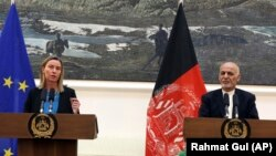 European Union foreign-policy chief Federica Mogherini (left) speaks during a press conference with Afghan President Ashraf Ghani at the presidential palace in Kabul on March 26.