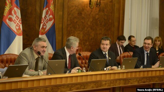 Predsednik Srbije na sednici Vlade tokom rasprave o Rezoluciji