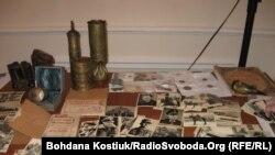 Старожитності та стародруки, конфісковані у контрабандистів, Київ, 9 грудня 2010 року