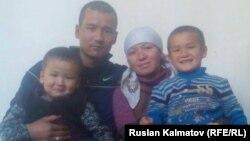 Сагынбек Рахманов с семьей.