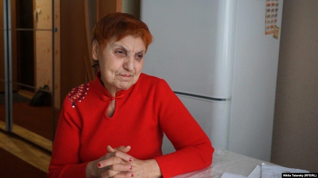 72-летняя Турана Варжабетьян