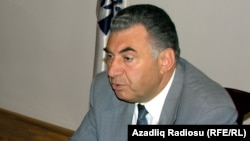 Qaçqın və Məcburi Köçkünlərin İşləri üzrə Dövlət Komitəsinin sədri Əli Həsənov