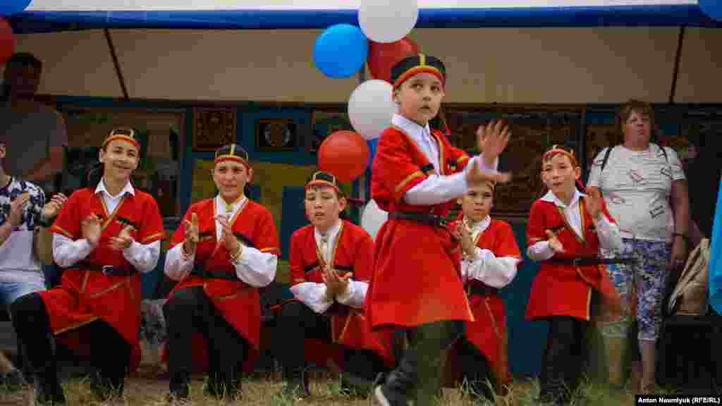 Только с возвращением в Крым в начале девяностых народ получил возможность возобновить свою исконную традицию