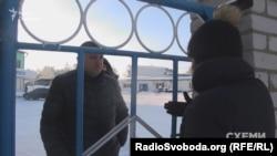 Взимку охоронці намагалися заборонити журналістам проводити зйомку як підприємства, так і кар'єру