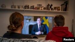 Шведскиот премиер Стефан Лофвен во телевизиско обраќање за време на пандемијата со коронавирусот