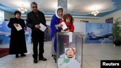 Tacikistanda seçki məntəqəsi