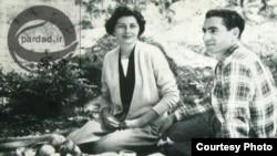 ثریا اسفندیاری در کنار محمد رضا پهلوی، آخرین شاه ایران