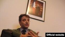 Ambasadori francez në Prishtinë, Zhan Fransua Fitu