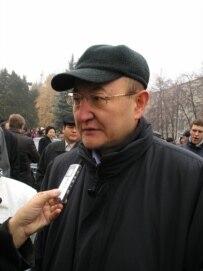 Altynbek Sarsenbaev (RFE/RL)