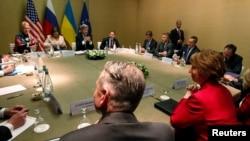 Учасники чотиристоронньої зустрічі за круглим столом, Женева, 17 квітня 2014 року