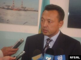 Қазақстанның мұнай және газ министрі Сауат Мыңбаев. Атырау, 18 қыркүйек 2008 жыл