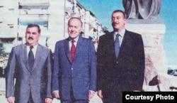 Vasif Talıbov, Heydər Əliyev və İlham Əliyev (Arxiv foto)