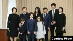 Семья Мирзияевых на выборах 4 декабря 2016 года. Фото: Daryo.uz.