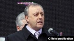 Сарытау өлкәсе губернаторы Валерий Радаев