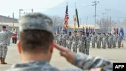 Korea e Jugut - Ushtarët amerikan në kampin Stanley, që gjendet në Uijeongbu (Ilustrim)