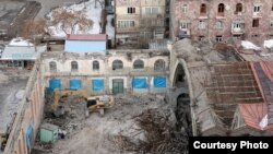Armenia - Destruction of the roof of the closed market, where?, 02Mar2012
