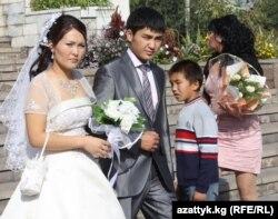 Бишкек, Бакыт үйү. 10.10.2010.