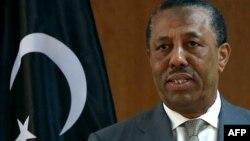 عبدالله الثنی، نخستوزیر قانونی لیبی، که ممنوعیت ورود اتباع ایران، پاکستان و یمن توسط دولت او و متحدانش صورت گرفته است.