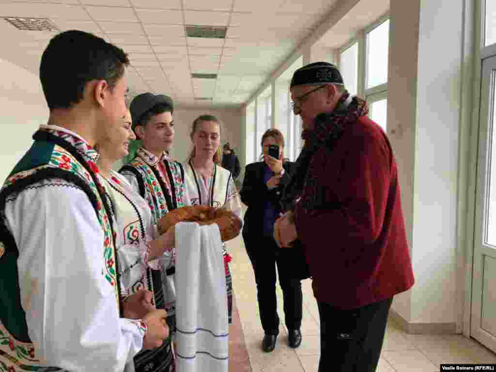 Directorul biroului Europa Liberă, Vasile Botnaru, la Satul Nou, Cimișlia