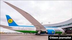Самолет Boeing-787 Dreamliner в международном аэропорту Ташкента.