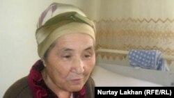 Науқас Күләш Өтеулиева ауруханада жатыр. Алматы, 19 сәуір 2012 жыл.