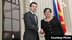 Шефицата на кипарската дипломатија Ерато Козаку Маркулис се сретна со минситерот за надворешни работи Никола Попоски во Скопје.