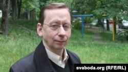 Анатоль Санаценка