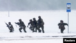 NATO əsgərləri Litvada, 2 dekabr 2016