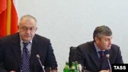 თეიმურაზ მამსუროვი (მარცხნივ) და ედუარდ კოკოითი