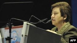 Iranian human rights activist Shirin Ebadi speaking in Abu Dhabi