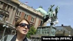 Mirjana Karanović na potpisivanju inicijative za REKOM, april 2011.