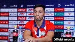 """Аҳтам Назаров, бозигари дастаи """"Истиқлол""""-и Душанбе."""
