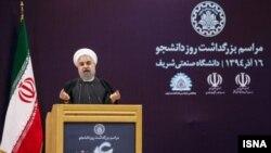 حسن روحانی در دانشگاه شریف به مناسبت روز دانشجو سخنرانی کرد