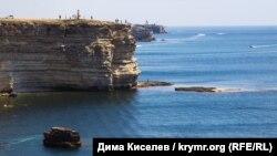 Невероятный Тарханкут: катера, погружения и фото со скульптурами (фотогалерея)