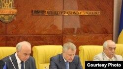 Слева направо: А.И.Бандурко, Г.М.Суркис, С.М.Стороженко