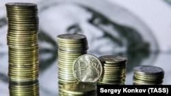 ABŞ dolları və Rusiya rublu