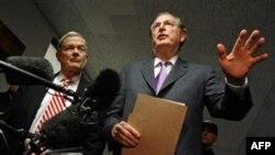 جان راکفلر، سناتور دموکراتی که رییس کمیته تحقیق بود. (عکس از AFP)