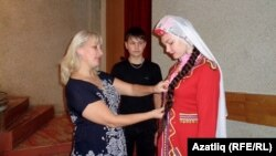 Светлана Юртова биючеләр белән