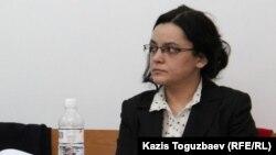 Журналист оппозиционного сайта Nakanune.kz Юлия Козлова. Алматы, 26 февраля 2016 года.