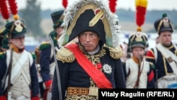 Oleg Sokolov, istoricul asasin, specialist în Napoleon, a cărui crimă sordidă fascinează Rusia… și Franța.