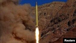 Иранның мекен-жайы белгісіз жерден сынақ үшін ұшырған баллистикалық зымыраны. 8 наурыз 2016 жыл.